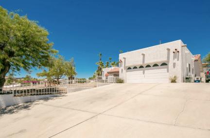 570 Wayside Plz Lake Havasu City AZ 86404