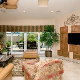 Luxury Homes in Lake Havasu