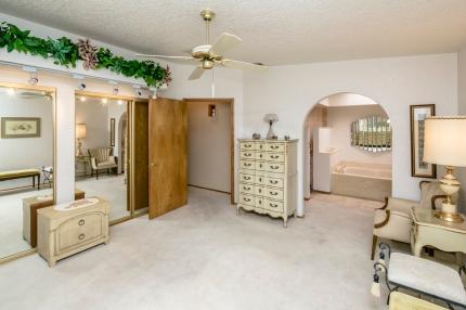 2779 Saratoga Ave Lake Havasu City, AZ 86406