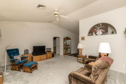 1700 Mandarin Dr Lake Havasu City, AZ 86404