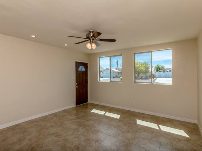 3267 Rocking Horse Dr , Lake Havasu City, AZ 86406