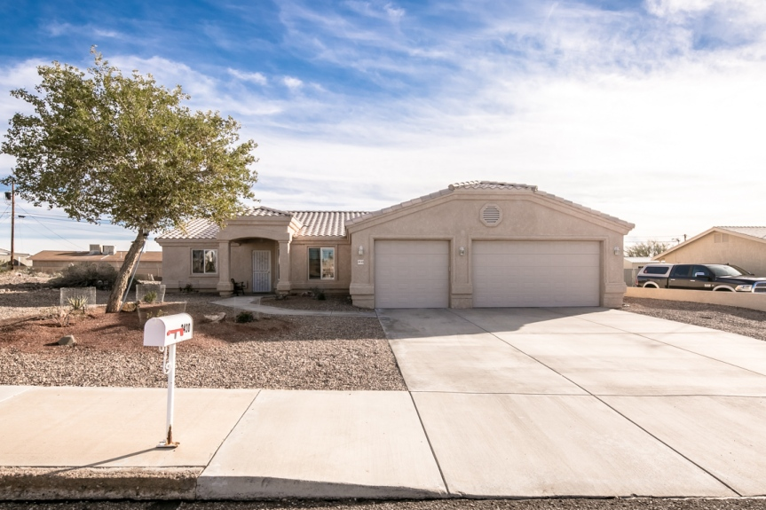 2430 San Juan Dr Lake Havasu City, AZ 86403