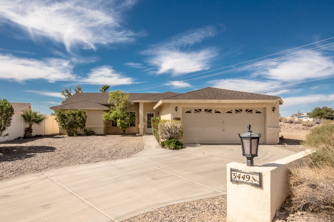 3449 Laredo Ln Lake Havasu City, AZ 86406
