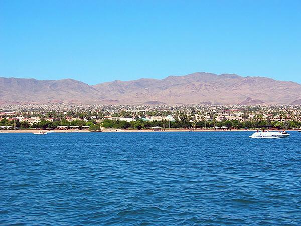 Havasu's Swim across the Lake