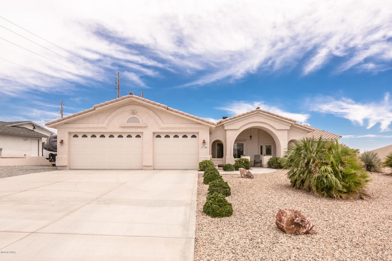 3274 Cinnamon Dr Lake Havasu City, AZ 86406