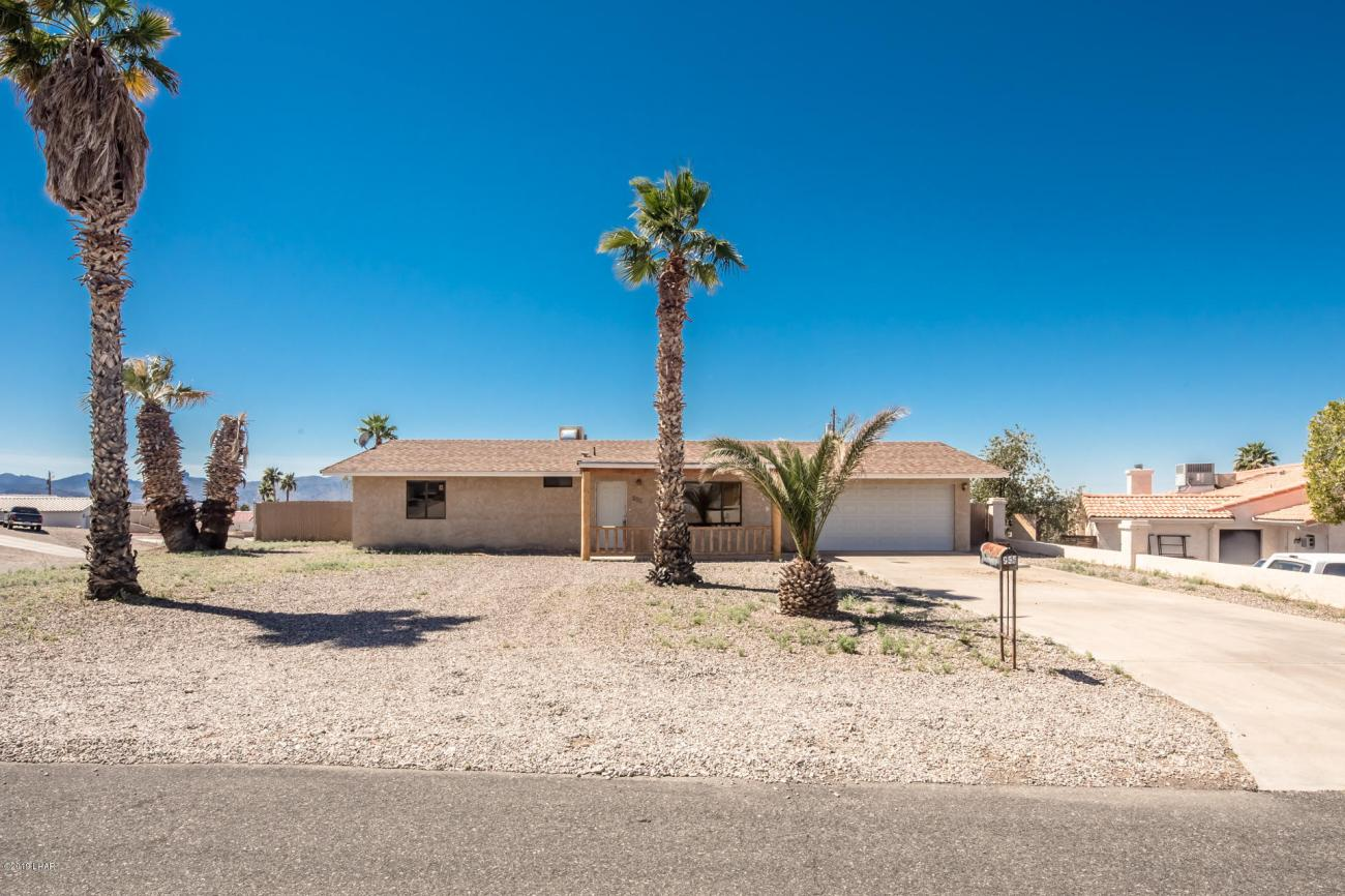 955 Bluebird Dr Lake Havasu City, AZ 86406