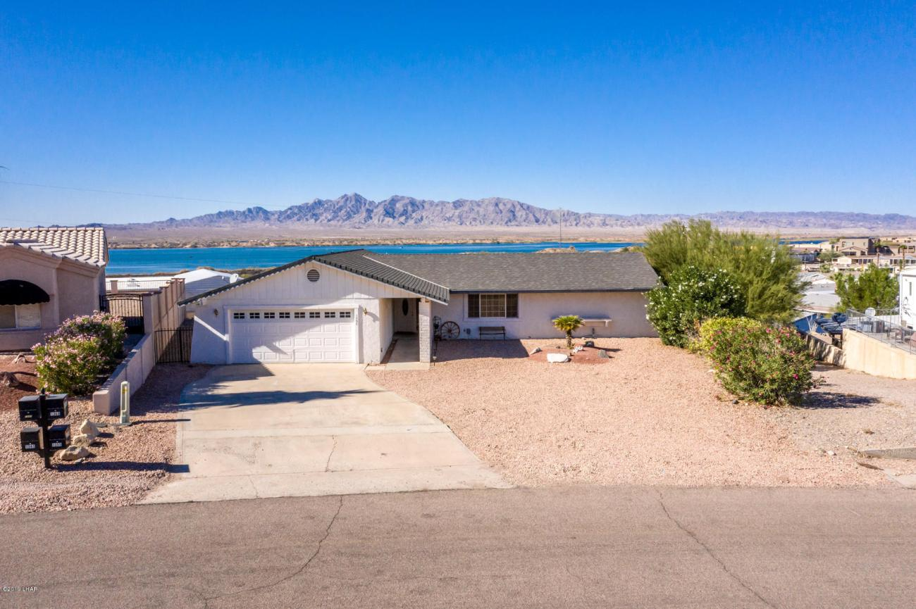 1355 Piper Dr LAKE HAVASU CITY, AZ